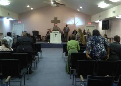 praise-of-pentecost-pentecostal-church-service-005 (1)
